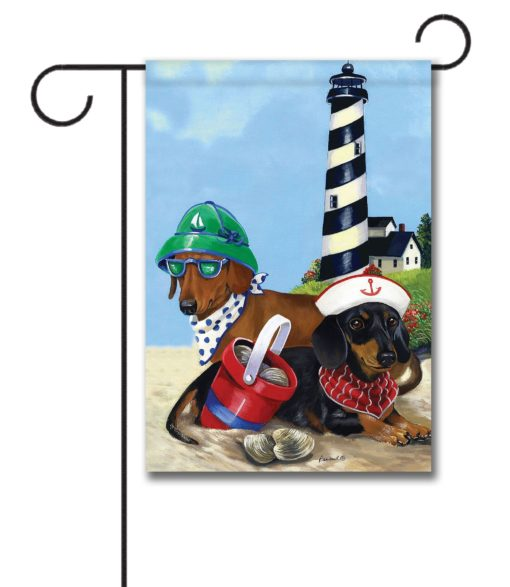 Dachshund Clam Digger- Garden Flag - 12.5'' x 18''