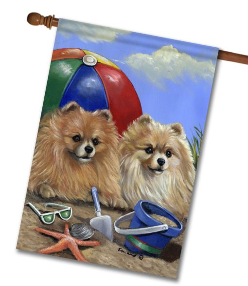 Pomeranian Beach - House Flag - 28'' x 40''
