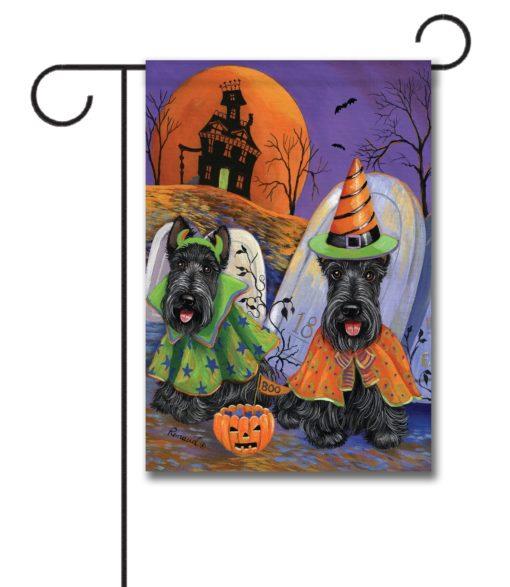 Scottish Terrier Haunted House - Garden Flag - 12.5'' x 18''
