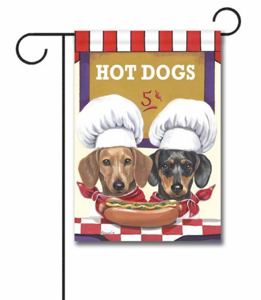 Dachshund Hot Dog Stand - Garden Flag - 12.5'' x 18''